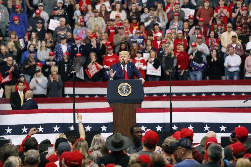 Wer von den demokratischen Kandidaten fordert Trump heraus? Iowa markierte den Beginn einer ganzen Serie von Vorwahlen. AP