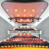 VN-Abonnenten genießen einen Theaterabend zum Vorteilspreis