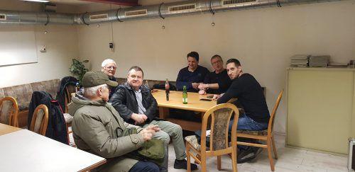 Zum Vereinsleben gehört auch das gemütliche Zusammensitzen.Verein