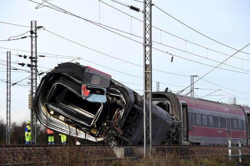Zwei Lokführer starben bei dem Unfall, 30 weitere Menschen wurden verletzt.AFP