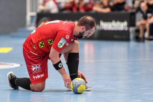 Am Saisonende wird Michael Knauth die Handballschuhe an den Nagel hängen.GEPA
