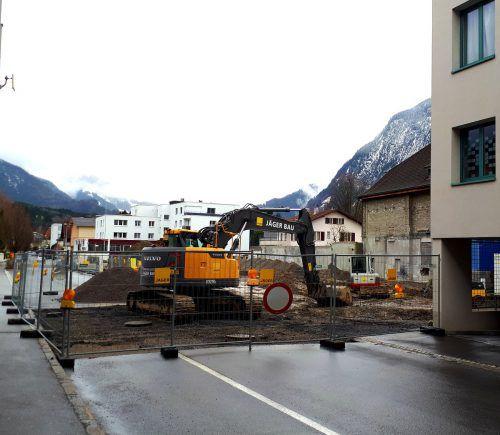 An der Herrengasse wird aktuell wieder gebaggert.Stadt