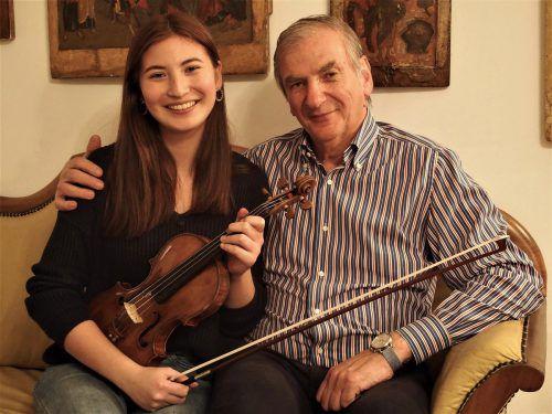 Arpeggione-Gründer und Kurator Irakli Gogibedaschwili, der für seine erfolgreiche Tochter Elisso (19) künstlerischer Berater ist. JU