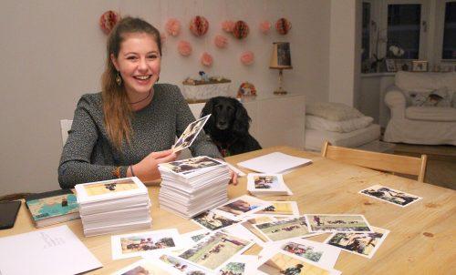 Auf ihrem Blog verkauft Hannah Müller Postkarten mit Eindrücken ihres Volontariats für den guten Zweck. Emir T. Uysal