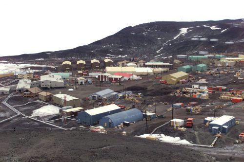 Australien flog einen kranken US-Bürger von der McMurdo-Station am Südpol aus.