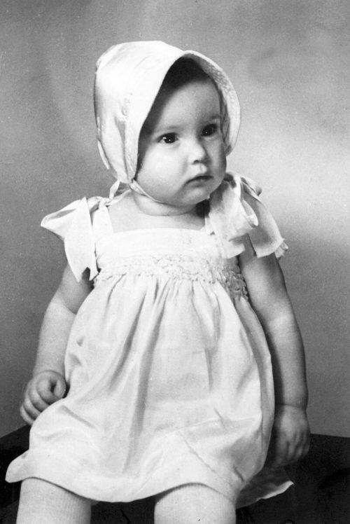 Beeindruckende Zeitreise durch ihr Leben als Kind der Kriegszeit.
