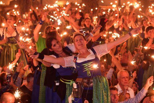 Beim Münchner Oktoberfest, einer Traditionsveranstaltung, fließt bekanntermaßen der Alkohol vor allem in Bierform in Strömen.apa
