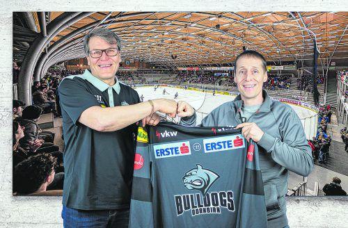 Besiegelten eine Zusammenarbeit über weitere zwei Jahre: Manager Alexander Kutzer (r.) und Trainer Kai Suikkanen. DEC