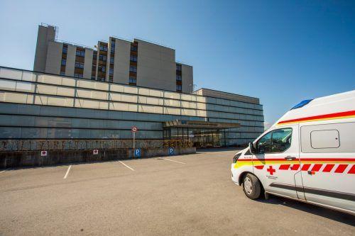 Das Landeskrankenhaus Hohenems wurde zum Coronaspital umfunktioniert. Hier starb am Donnerstag auch der mit dem Virus infizierte Patient.