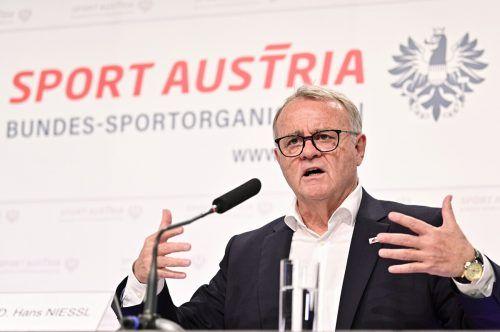 Der Burgenländer Hans Niessl sieht den Sport in Österreich als Ganzes in großer Gefahr und fordert Soforthilfe der Regierung. apa
