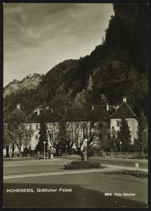 Der Palast und der Platz zwischen 1950 und 1970.