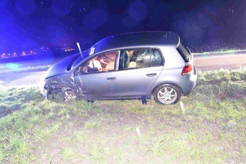 Der Pkw der Lenkerin wurde bei dem Unfall schwer beschädigt. kapo