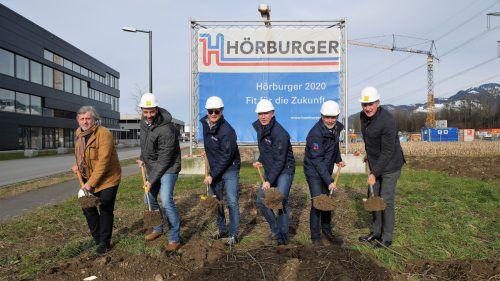 Der Spatenstich für die neue Produktionshalle in Rankweil.Hörburger