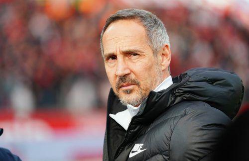 Der Vorarlberger Adi Hütter muss mit seiner Eintracht zu den Bayern nach München.gepa