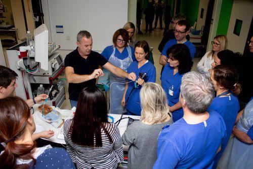 Der Wiener Internist Michael Häfner ist ein Experte auf dem Gebiet der Endoskopie und wusste die Workshop-Teilnehmer zu überzeugen.khbg/peic