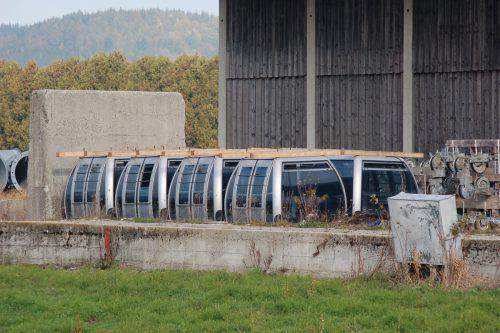Derzeit ruht das Areal des ehemaligen Holzhofs Unterzeil. Doch zur Lagerung von Kabinen wurde es schon einmal verwendet. SChwäbische Zeitung/Jauss