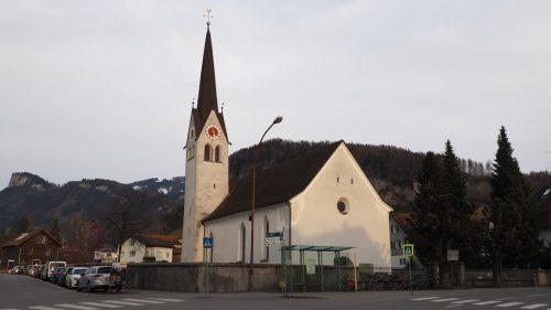 Die alte Götzner Kirche St. Ulrich wird in rund drei Jahren in neuem Glanz erstrahlen. christof egle