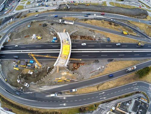 Die Bauarbeiten beim neuen Autobahnanschluss Bludenz Bürs ruhen. Auch manche Baufirmen haben ihre Tätigkeiten vorerst eingestellt.