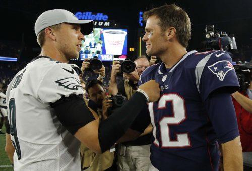 Die beiden Quarterbacks Nick Foles (Philadelphia) und Tom Brady (New England) verließen ihre Klubs.usatoday