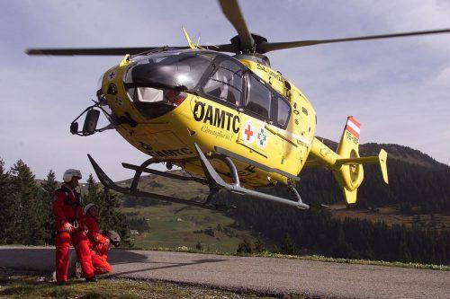 Die Christophorus-Flotte des ÖAMTC hebt trotz des eingeschränkten öffentlichen Lebens oft wegen Erkrankungen und Unfällen ab. vn/hb