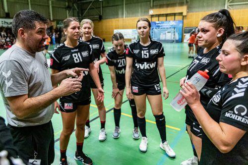 Die Damen des SSV Dornbirn Schoren setzten sich mit einem 31:30-Sieg bei Stockerau denkbar knapp durch und durften über zwei Punkte jubeln.SSV