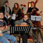 Poetischer Abend in der Kapelle Hatlerdorf