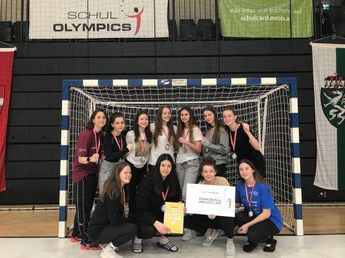 Die Handballerinnen der BHAK/HAS Bregenz holten beim Bundesfinale der Schul Olympics die Silbermedaille. Im Finale gab es ein 15:17 (6:11) gegen Korneuburg. Privat/Mathis