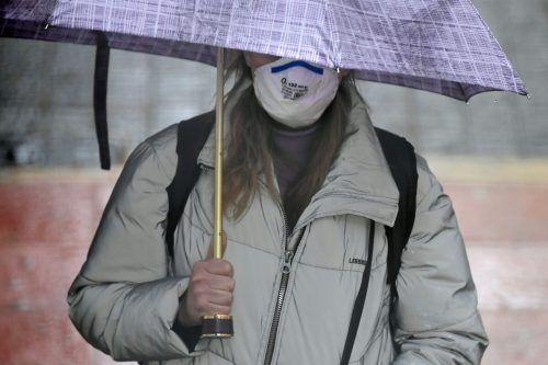 Die Masken der rund 100 Vorarlberger Unternehmen werden für die Landesregierung genäht. Immer mehr Firmen machen mit.