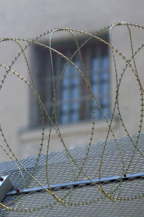 Die österreichische Justizbehörden gehen kein Risiko von Infektionskrankheiten in den heimischen Gefängnissen ein. vn/hb