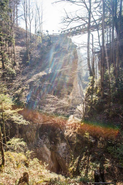 Die Pionierbrücke übers Rappenloch wird in den nächsten Tagen abgetragen.VN/Steurer