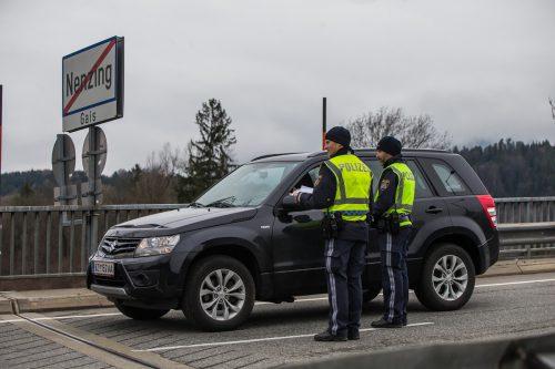 Im März wurde die Gemeinde Nenzing unter Quarantäne gestellt. Betriebe mit Mitarbeitern aus dem Ort erhielten Entschädigung. VN/Steurer