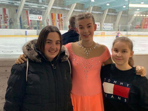 Die Reise nach St. Pölten hat sich für Eva-Maria, Isabelle und Lena vom Eislaufverein Feldkirch gelohnt. FEV