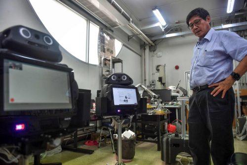 Die Roboter werden derzeit in vier thailändischen Krankenhäusern eingesetzt. AFP