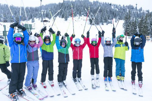 Die Schüler der Mittelschule Nenzing genossen gestern im Skigebiet Brandnertal bereits ihren dritten gemeinsamen Skitag. D. Mathies