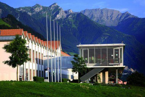 Die Universität Liechtenstein passt sich der Krisensituation an.