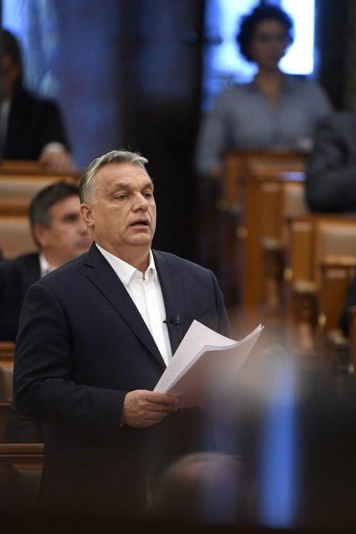 Die von Orbans Regierung eingebrachte Vorlage erntet viel Kritik.