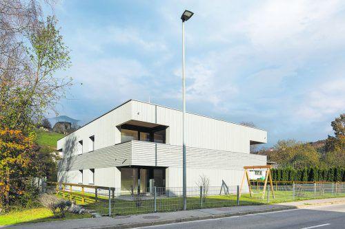 Die Wohnanlage in der Schlinser Landstraße bietet fünf Mietwohnungen zu leistbaren PreisenQuelle: walser-image.com