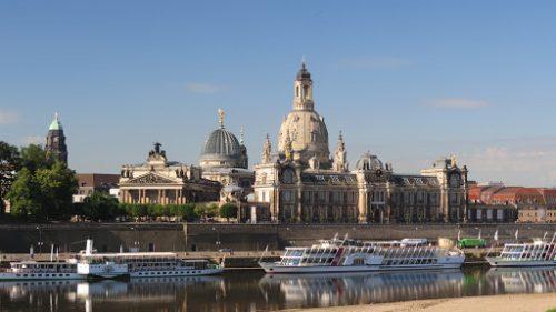 Dresden ist bekannt für seine Kunst- und Kulturschätze.kab/kostenlose-fotos.eu