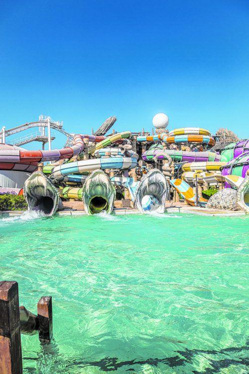 Ein riesiger Wasserpark mitten in der Wüste. In Abu Dhabi ist scheinbar alles möglich.