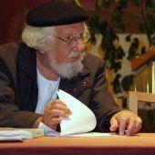 "<p class=""caption"">Ernesto Cardenal im Juni 2009 bei einer Lesung in der Propstei St. Gerold.  Hronek, AP </p>"