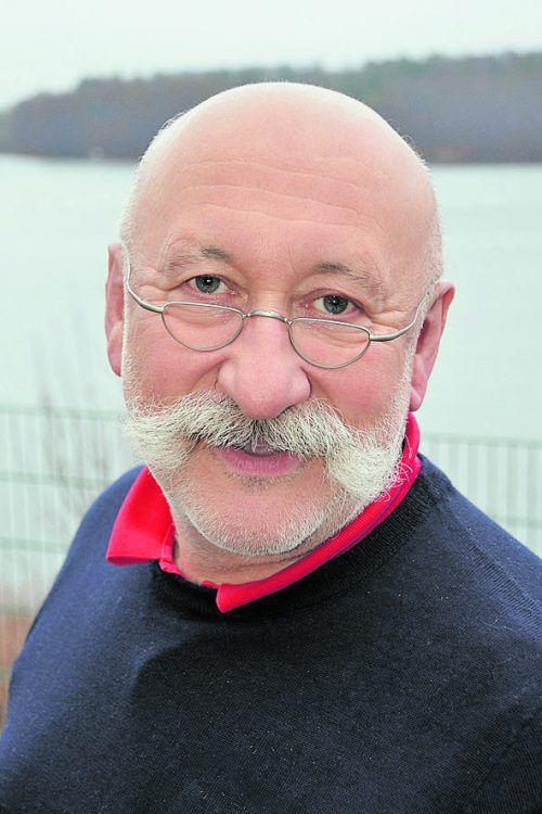 Facharzt Dr. Hans Hartmann referiert über Strategien zur Stressbewältigung.