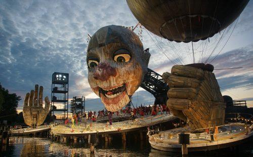 """""""Rigoletto"""" auf der Bregenzer Seebühne: Das Programm für 2020 zeichnet sich durch inhaltliche Kompaktheit aus und würde bei einer Absage aufgrund der Covid19-Auflagen der Regierung um ein Jahr verschoben. BF/Forster"""