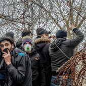 EU stockt Hilfe für Griechenland auf