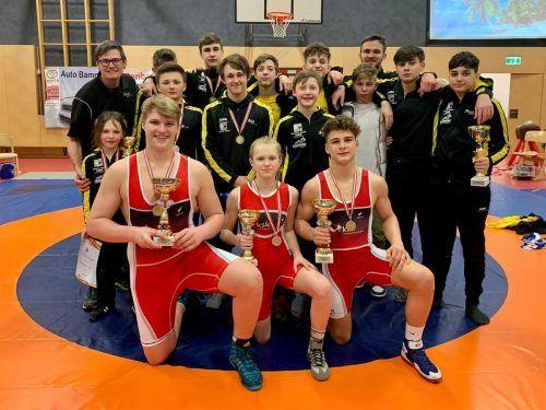 Fünf Meistertitel und insgesamt zwölf Medaillen gab es bei der österreichischen Meisterschaft der Kadetten für die erfolgreiche Mannschaft des KSK Klaus. KSK KLaus