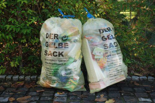 Gelbe Säcke gibt es nun bei Spar und Sutterlüty in Dornbirn.
