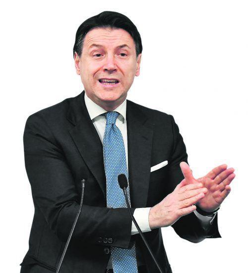 Giuseppe Conte und die italienische Regierung greifen zu drastischen Maßnahmen. AFP