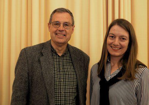 Hans Rapp (Kath. Bildungswerk) und Christine Vonblon (Diözese FK).