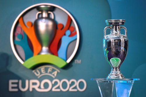 In der UEFA-Zentrale in Nyon wird heute über den Austragungstermin der EURO 2020 entschieden.Reuters