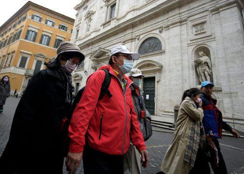 In Rom wurde eine Kirche aus Angst vor Ansteckungen gesperrt.
