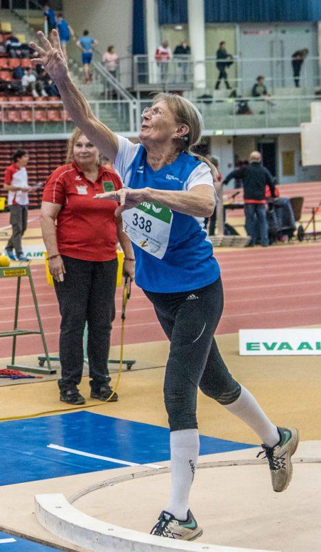 Jacqueline Wladika bei den österr. Masters-Hallenmeisterschaften in Linz.